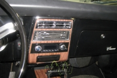 Cadillac Camaro SS - Retroradio & Speaker Retrofit